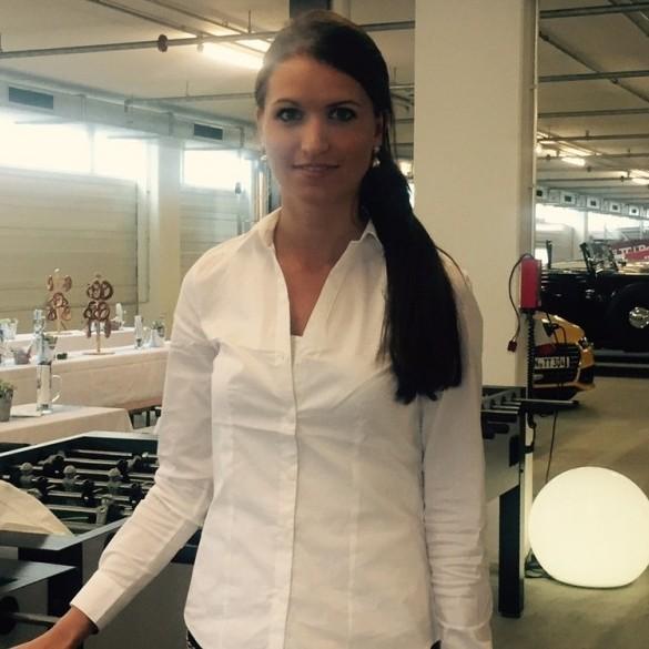 maria 10 jobs als hostess model in m nchen k ln instaff. Black Bedroom Furniture Sets. Home Design Ideas