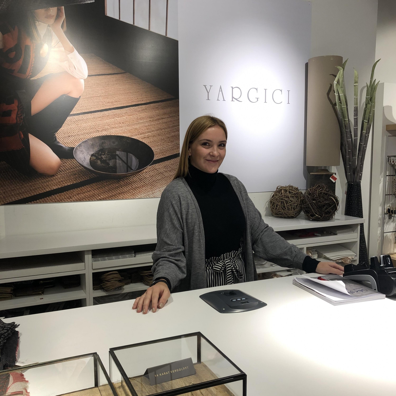 alexandra 7 jobs als promoterin in berlin k ln instaff. Black Bedroom Furniture Sets. Home Design Ideas
