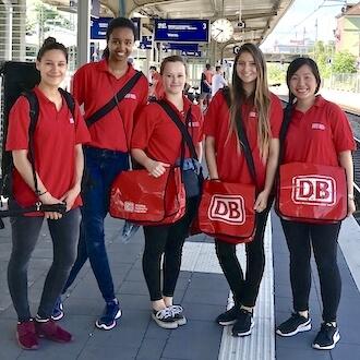 5 Promoterinnen für Deutsche Bahn