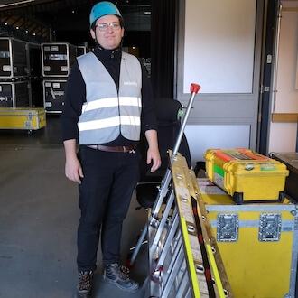 Helfer im Backstage Bereich für Japo GmbH
