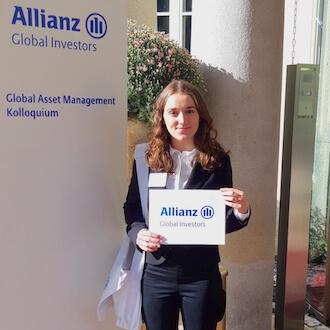 Hostess an Rezeption für Allianz