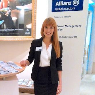 Hostess für Konferenz bei Allianz